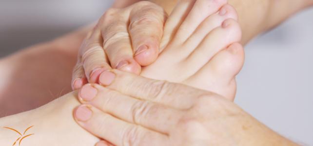 Aandacht voor je voeten in mijn behandelingen: voetreflex